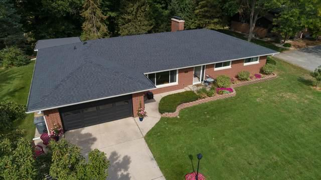 1933 N Valley View Drive, St. Joseph, MI 49085 (MLS #21108923) :: Keller Williams Realty | Kalamazoo Market Center