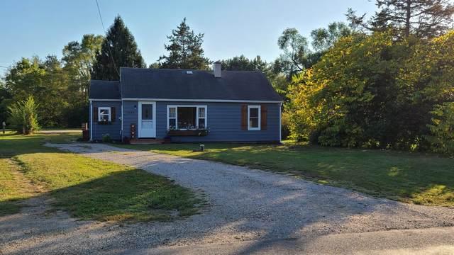 1543 River Road W, Battle Creek, MI 49037 (MLS #21108994) :: The Hatfield Group