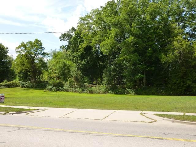 308 S Grove Street, Delton, MI 49046 (MLS #21109113) :: Sold by Stevo Team | @Home Realty