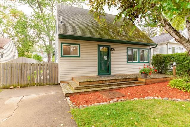 336 Alger Street, Lansing, MI 48917 (MLS #21109240) :: Sold by Stevo Team | @Home Realty