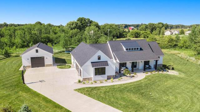 5621 Caribou Court, Middleville, MI 49333 (MLS #21109250) :: Sold by Stevo Team | @Home Realty
