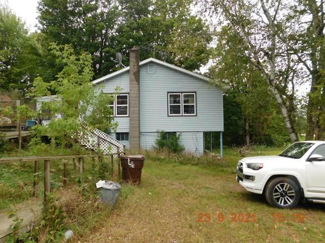 3697 W Hc - Edmore Road, Six Lakes, MI 48886 (MLS #21109339) :: The Hatfield Group