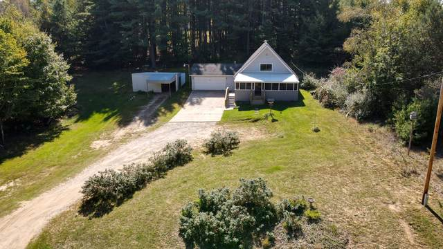 9262 Mohican Trail, Evart, MI 49631 (MLS #21109445) :: The Hatfield Group