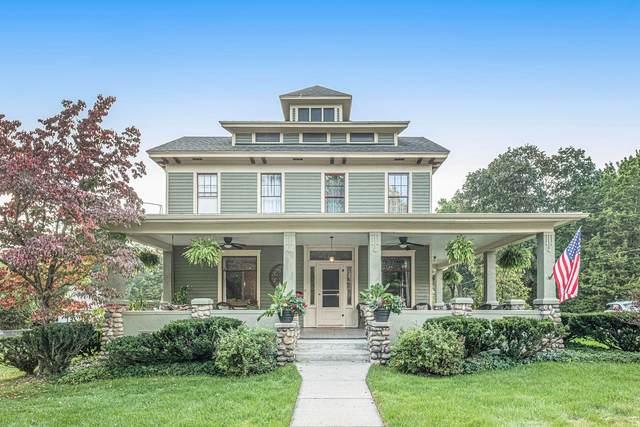 351 N Kalamazoo Avenue, Marshall, MI 49068 (MLS #21109635) :: Sold by Stevo Team   @Home Realty