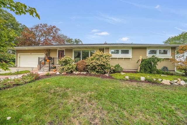 703 Winter Street, Spring Lake, MI 49456 (MLS #21109743) :: Sold by Stevo Team | @Home Realty