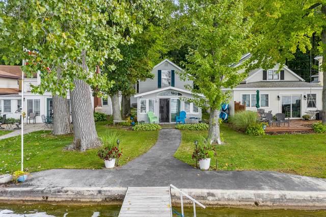 55586 Indian Lake Road, Dowagiac, MI 49047 (MLS #21109757) :: The Hatfield Group