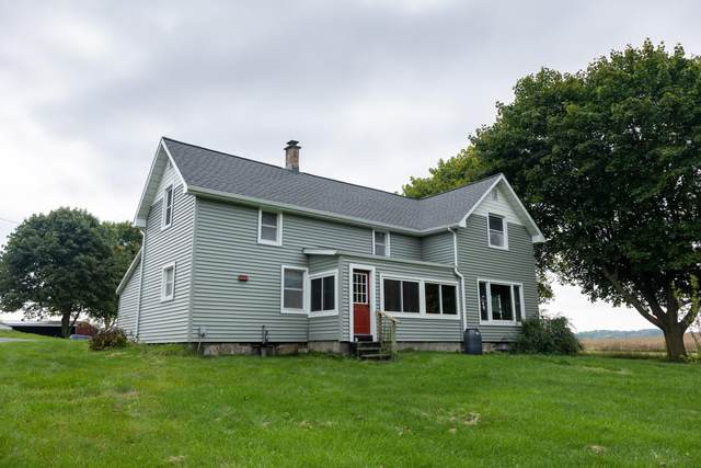 1556 E Parmeter Road, Ionia, MI 48846 (MLS #21109826) :: Sold by Stevo Team   @Home Realty