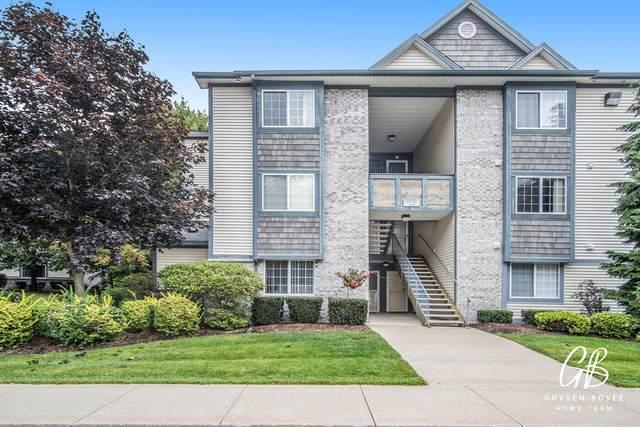 18372 N Ridge Court #4, Spring Lake, MI 49456 (MLS #21109848) :: Sold by Stevo Team   @Home Realty