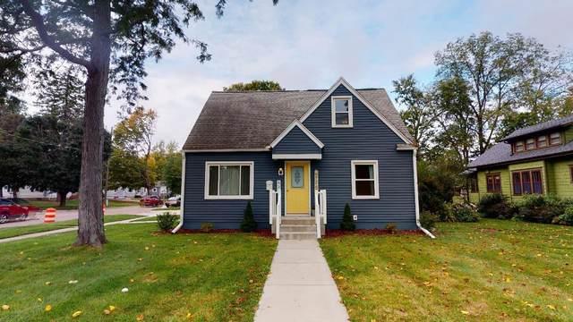 821 E Michigan Avenue, Marshall, MI 49068 (MLS #21109862) :: Sold by Stevo Team   @Home Realty