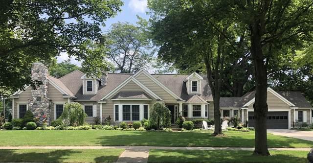 1050 Conlon Avenue SE, East Grand Rapids, MI 49506 (MLS #21109883) :: Fifth Floor Real Estate