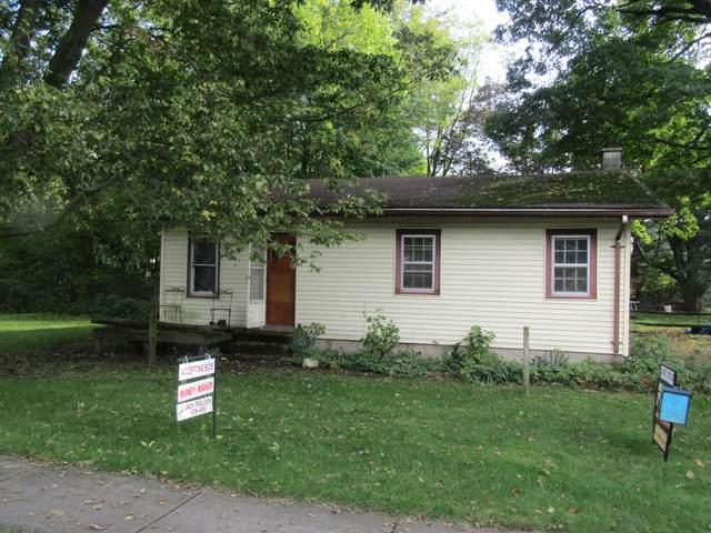 650 E Cass Street, Schoolcraft, MI 49087 (MLS #21110114) :: The Hatfield Group