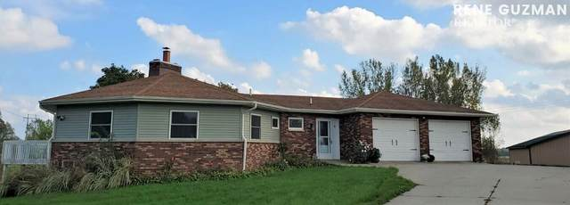 2160 Cleveland Street E, Coopersville, MI 49404 (MLS #21110119) :: Sold by Stevo Team   @Home Realty