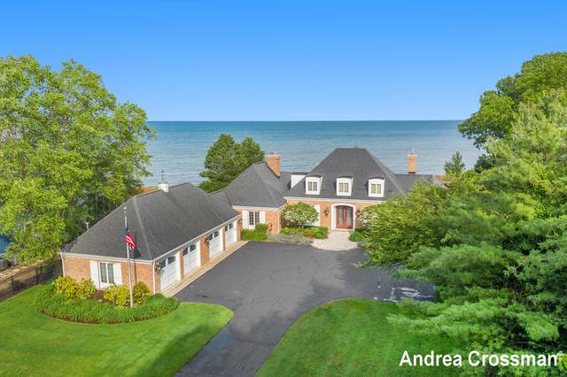 50 North Shore Drive, South Haven, MI 49090 (MLS #21110126) :: The Hatfield Group