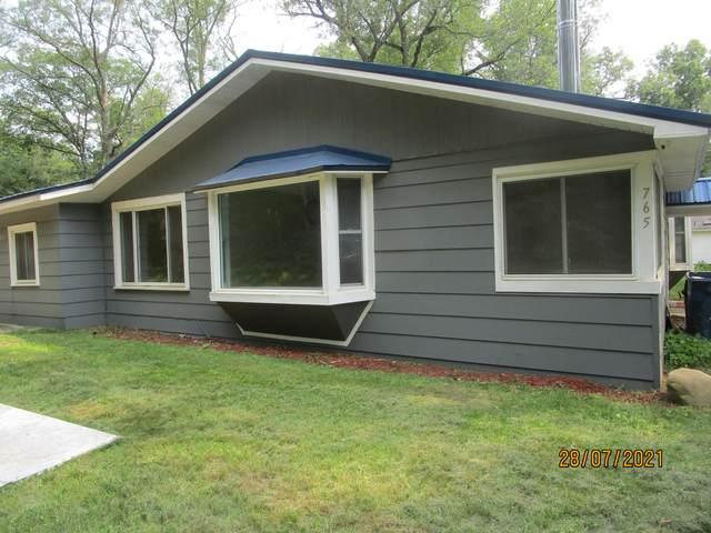 765 W Daniels Road, Twin Lake, MI 49457 (MLS #21110200) :: Sold by Stevo Team | @Home Realty