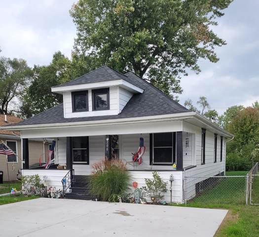 200 E Golf Avenue, Jackson, MI 49203 (MLS #21110206) :: Sold by Stevo Team   @Home Realty