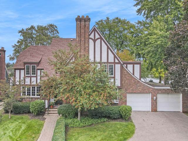 1919 Wealthy Street SE, East Grand Rapids, MI 49506 (MLS #21110234) :: Fifth Floor Real Estate