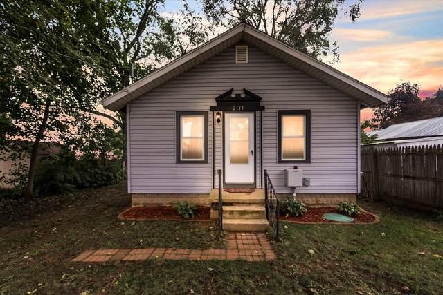 2115 Crest Avenue, Jackson, MI 49203 (MLS #21110261) :: Sold by Stevo Team   @Home Realty