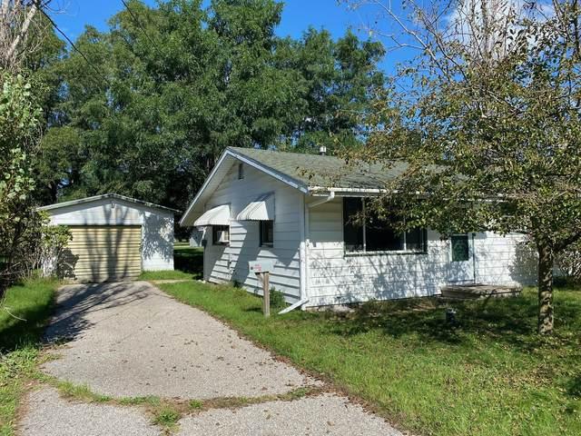 432 Avenue B, Eastlake, MI 49626 (MLS #21110268) :: Sold by Stevo Team | @Home Realty