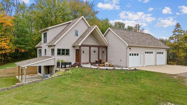 12723 100th Ave Avenue, Mecosta, MI 49332 (MLS #21110270) :: Sold by Stevo Team   @Home Realty