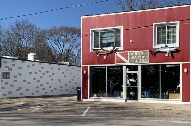 780 Columbia Avenue, Holland, MI 49423 (MLS #21110327) :: Keller Williams Realty | Kalamazoo Market Center