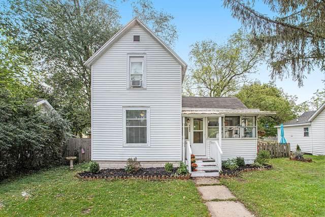 1432 Hickory Street, Niles, MI 49120 (MLS #21110389) :: Sold by Stevo Team   @Home Realty