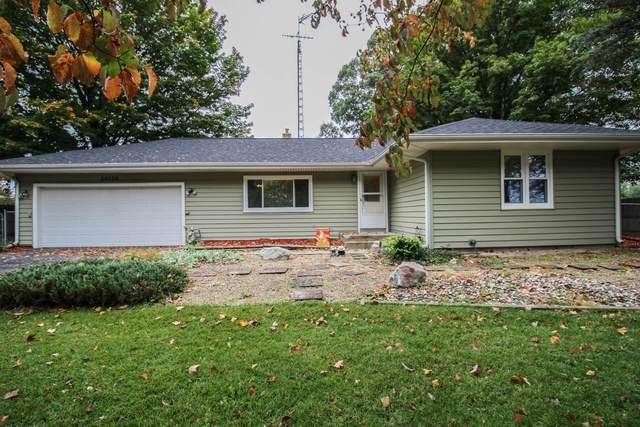 56256 Buckhorn Road, Three Rivers, MI 49093 (MLS #21110422) :: Sold by Stevo Team | @Home Realty