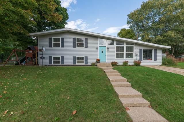 810 Flamingo Avenue, Portage, MI 49024 (MLS #21110550) :: The Hatfield Group