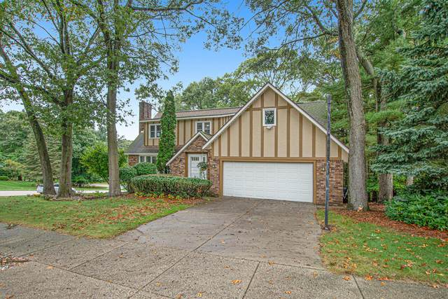 3771 Bellaire Court, Norton Shores, MI 49441 (MLS #21110665) :: Sold by Stevo Team | @Home Realty