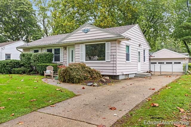 1111 Buckingham Street SW, Wyoming, MI 49509 (MLS #21110703) :: Sold by Stevo Team   @Home Realty