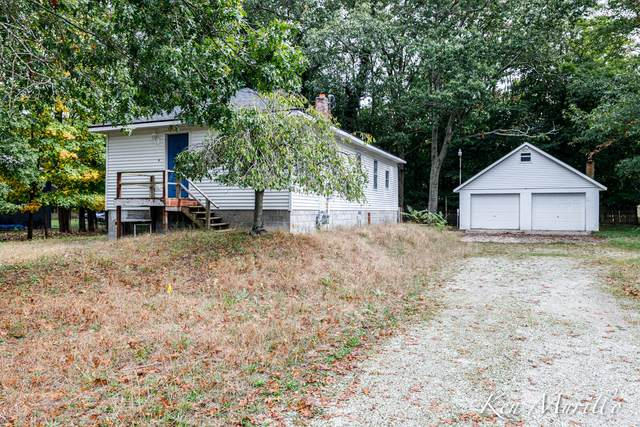 7978 Meade Street, Montague, MI 49437 (MLS #21110707) :: Sold by Stevo Team | @Home Realty