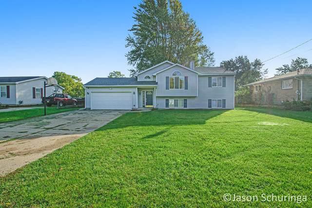 6442 College Avenue SE, Grand Rapids, MI 49548 (MLS #21110715) :: JH Realty Partners