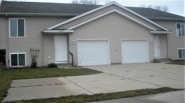 1143 W Leonard Court, Grand Rapids, MI 49534 (MLS #21110737) :: Sold by Stevo Team | @Home Realty