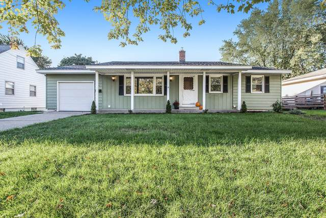1120 Oakes Avenue, Grand Haven, MI 49417 (MLS #21110829) :: Sold by Stevo Team | @Home Realty