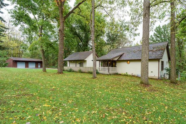 15098 E Augusta Drive, Augusta, MI 49012 (MLS #21110847) :: The Hatfield Group