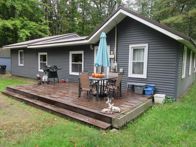 6529 Middle Lake Road, Twin Lake, MI 49457 (MLS #21110879) :: The Hatfield Group