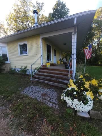 1308 Pipestone Road, Benton Harbor, MI 49022 (MLS #21110976) :: Ginger Baxter Group
