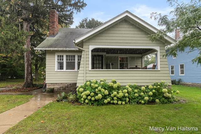 198 W 9th Street, Holland, MI 49423 (MLS #21111012) :: Ginger Baxter Group