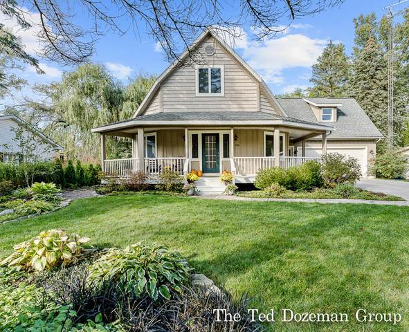 1010 Colonial Court, Holland, MI 49423 (MLS #21111030) :: Sold by Stevo Team | @Home Realty