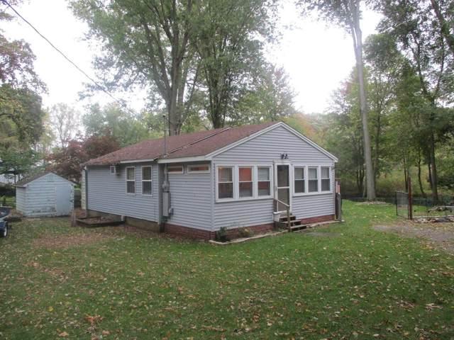 152 Robin Drive, Coldwater, MI 49036 (MLS #21111057) :: The Hatfield Group