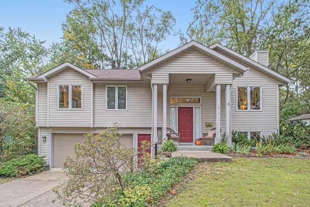 1912 Greenlawn Avenue, Kalamazoo, MI 49006 (MLS #21111065) :: Sold by Stevo Team | @Home Realty