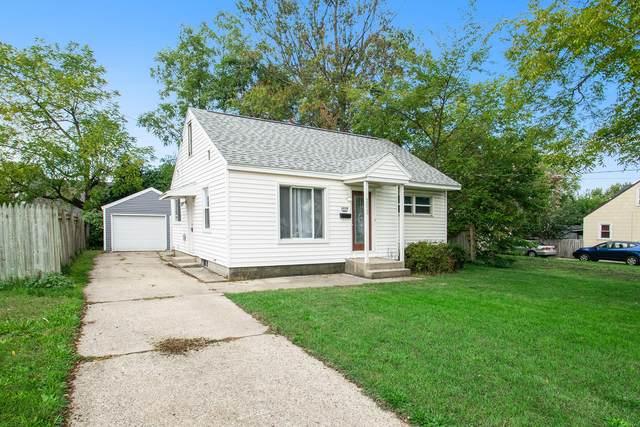 2039 Johanna Avenue SW, Wyoming, MI 49509 (MLS #21111106) :: Sold by Stevo Team   @Home Realty