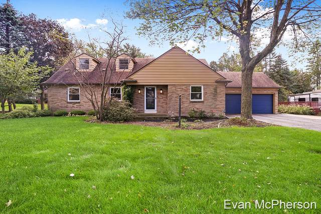 2024 7th Street NW, Grand Rapids, MI 49504 (MLS #21111138) :: Sold by Stevo Team | @Home Realty