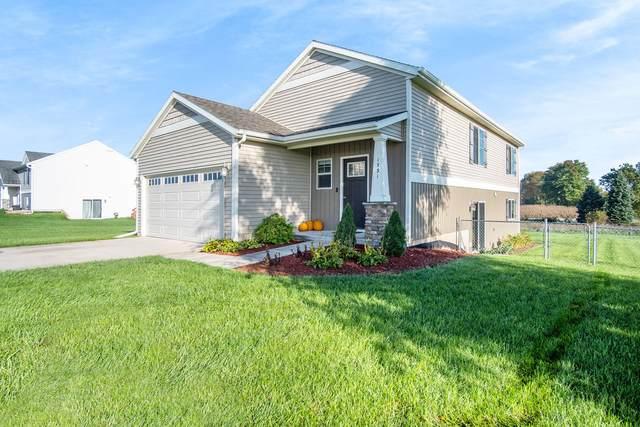 1731 Trent Ridge Court NE, Cedar Springs, MI 49319 (MLS #21111141) :: Ginger Baxter Group