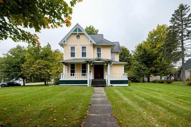 703 N Broadway Street, Union City, MI 49094 (MLS #21111146) :: Sold by Stevo Team | @Home Realty