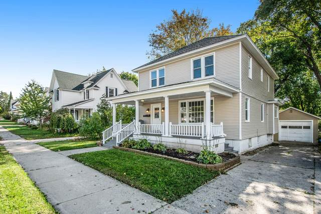 734 E Division Street, Cadillac, MI 49601 (MLS #21111151) :: The Hatfield Group