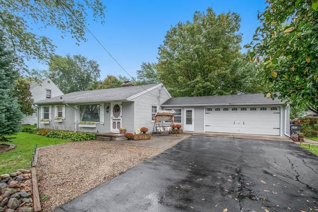 2914 E G Avenue, Kalamazoo, MI 49004 (MLS #21111173) :: Sold by Stevo Team | @Home Realty
