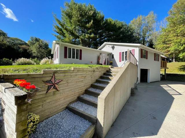 27390 12th Avenue, Gobles, MI 49055 (MLS #21111220) :: Sold by Stevo Team   @Home Realty
