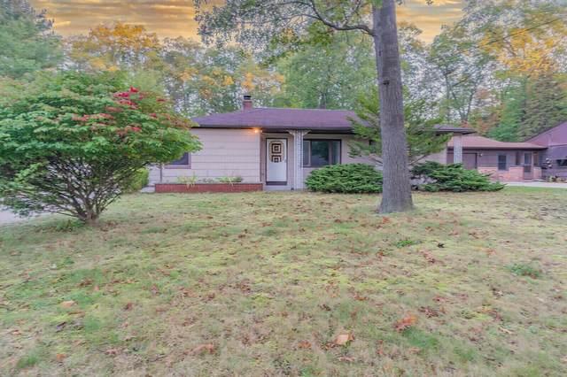 1550 Seminole Road, Norton Shores, MI 49441 (MLS #21111250) :: Sold by Stevo Team | @Home Realty