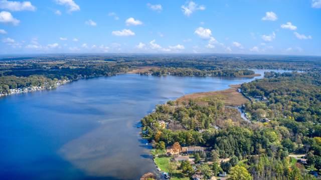 8548 Oakwood Court, Jackson, MI 49201 (MLS #21111252) :: Sold by Stevo Team | @Home Realty