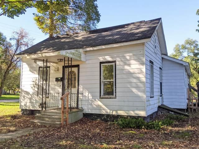 604 Alexander Street, Bangor, MI 49013 (MLS #21111299) :: Sold by Stevo Team | @Home Realty